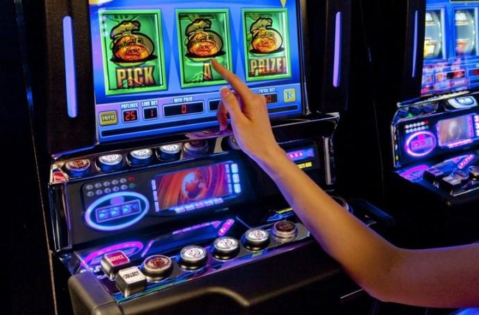Играть игровые автоматы по интернету эксклюзивные игровые автоматы